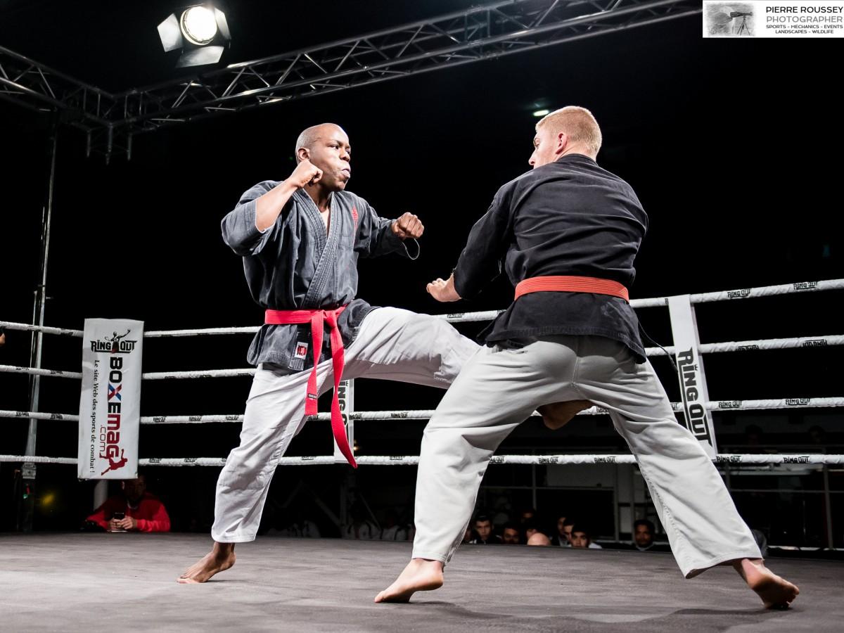 Combat de Kenpô Traditionnel entre Gary DUPONT du ASVF et Anthony YNNA du KCNI