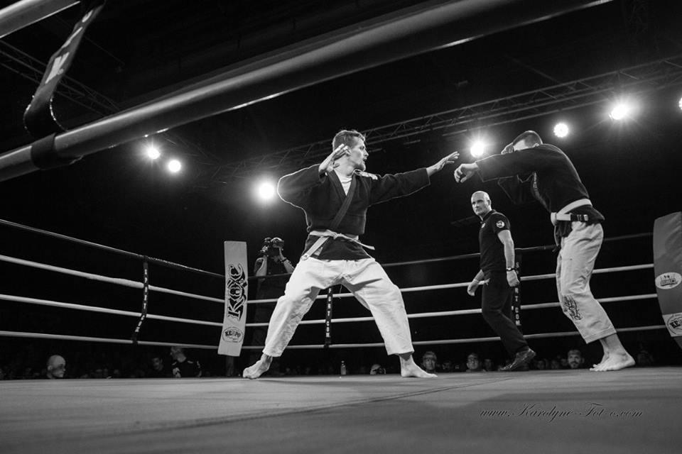 Knockdown 1